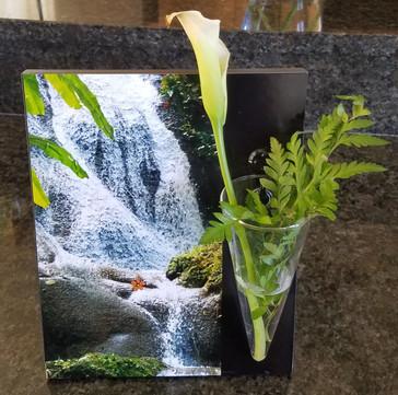 Jamaica Falls flower vase