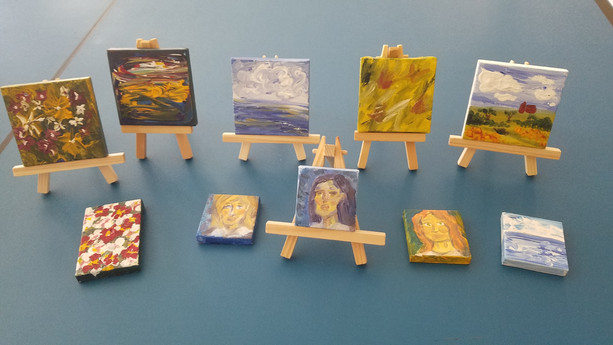 Mini canvases on easels