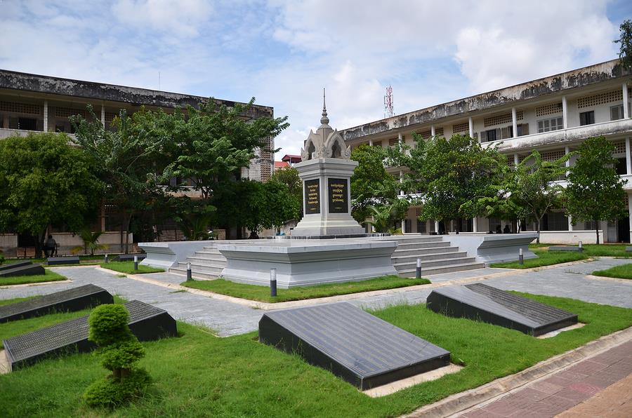 Tuol Sleng | Cambodia tour packages