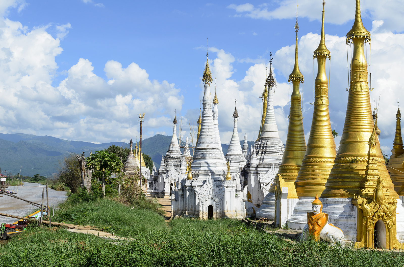 Shwe Inn Thein Inle Lake Myanmar