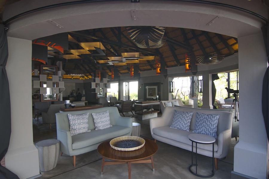 Chobe water villas interior