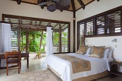 Savasi Island Bure 2 Bedroom