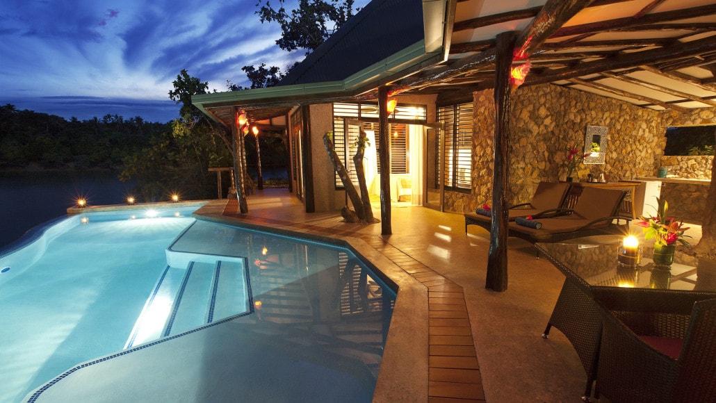 Savasi Island Villas Infinity Pool