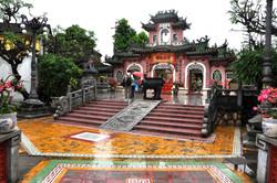 Hoi Quan Quang Trieu Hoi An Vietnam