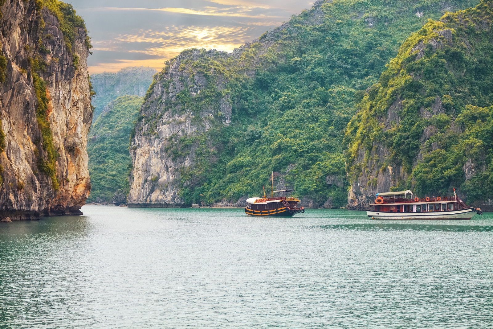 Ehabla Travel Vietnam Holiday