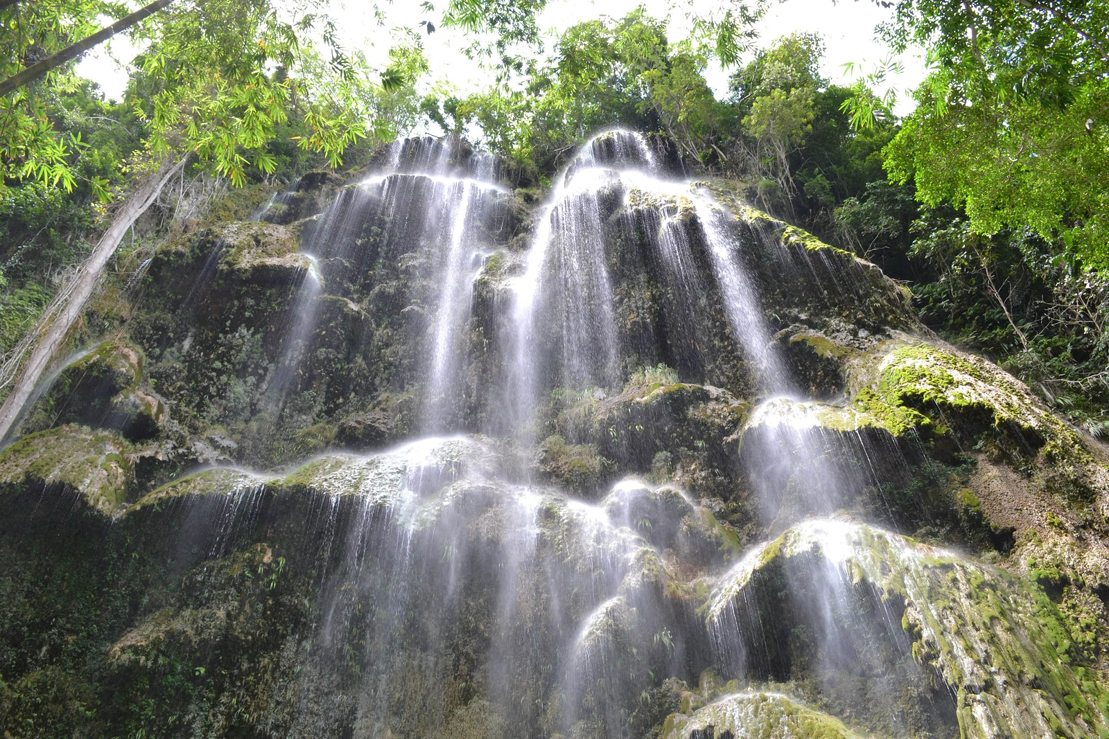 Tumalog waterfalls in Oslob