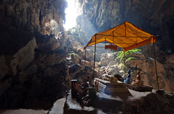 Tham Phu Kham Cave Vang Vieng Laos