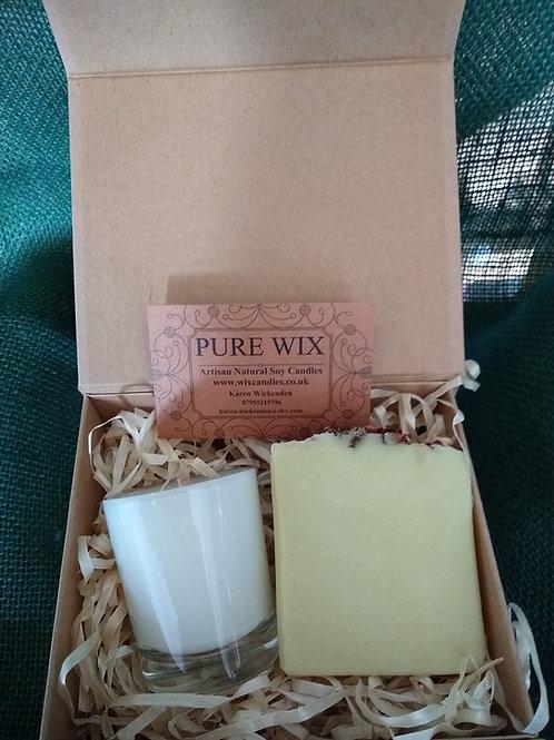 Pure Wix Small Luxury Gift Box