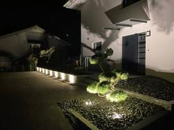Fassaden- und Gartenbeleuchtung