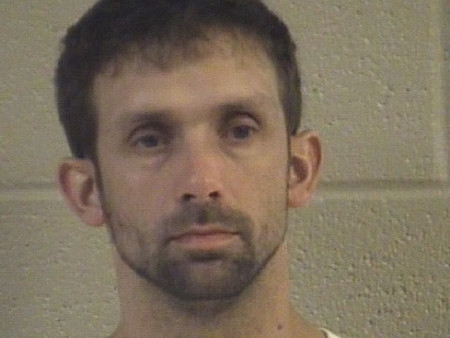 East Ridge man shoplifts from Walmart and attempts to out run Dalton police officer on foot