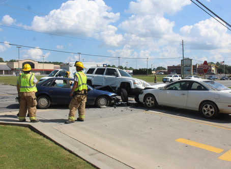Summerville woman cited after three-vehicle crash on Highway 27 in front of Taco Bell