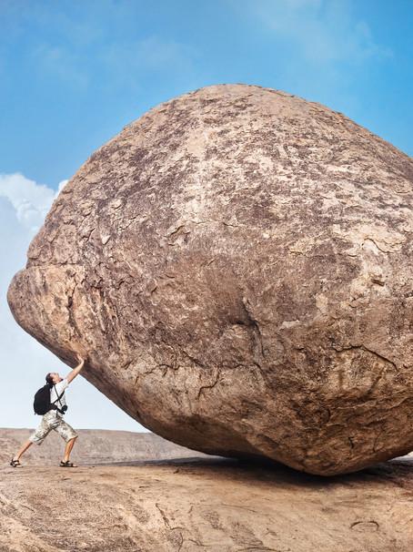 Empujemos la Roca
