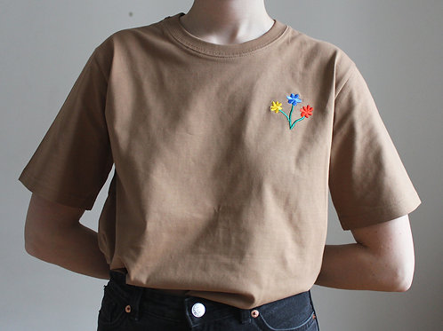 Blommor embroidered t-shirt