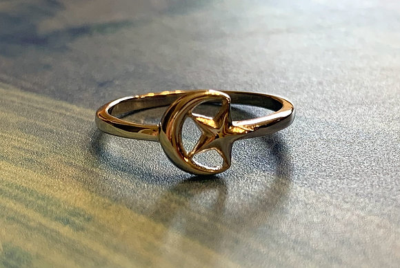 Moon and Star Ring