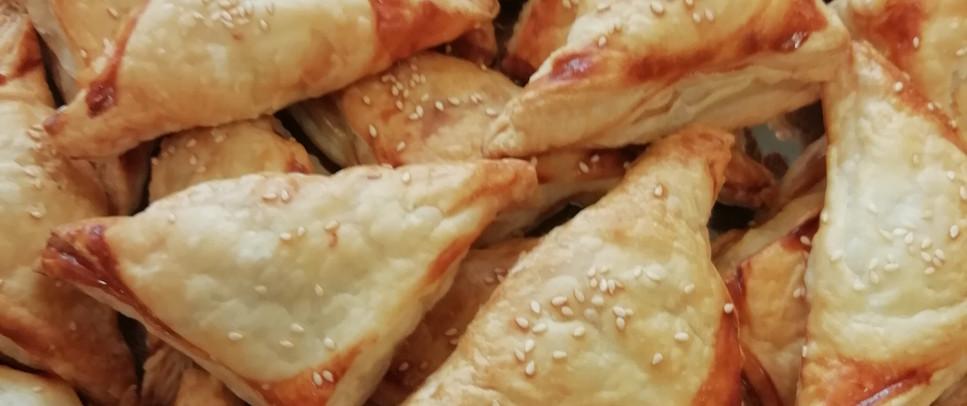 Blätterteigtaschen mit Hackfleisch/Käse