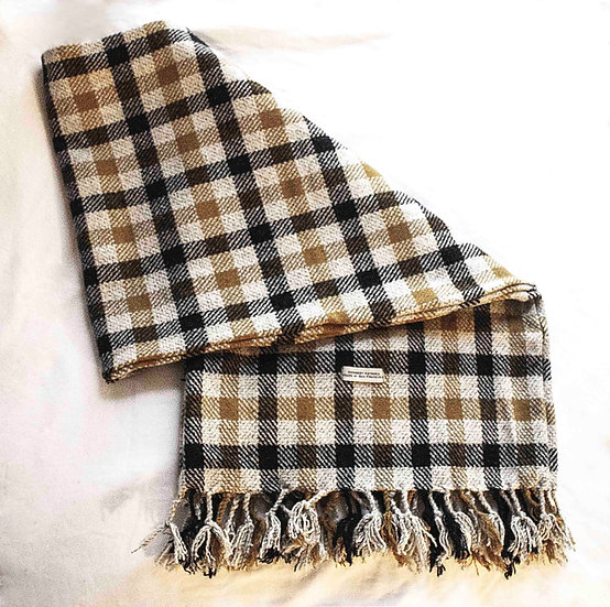 Wide Plaid Tweed Over-Neck Scarf /w Pocket