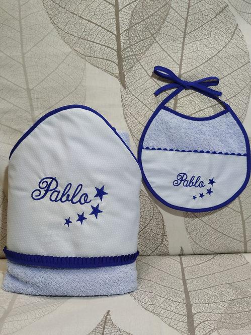 Capa-toalla de baño bebé + Babero bordado a juego-MODELO PABLO
