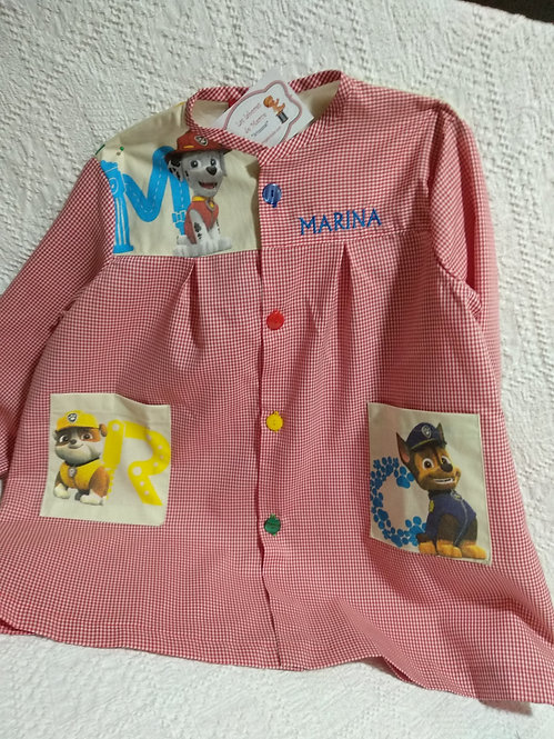 Babi (bata escolar) infantil niña personalizada con nombre- MOD. PATRULLA LETRAS