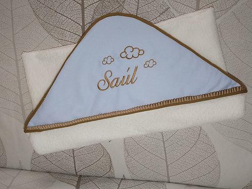 Toalla-capa de baño para bebé bordada y personalizada-MODELO SAÚL