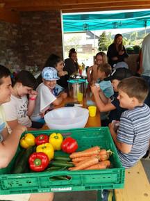 Kinder beim kochen 4.jpg