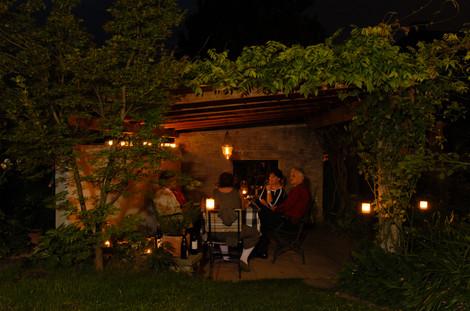 Sommerabend in der Pergola