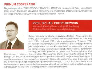 Professor Piotr Skowron received the 1st award