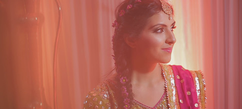 Muslim Asian Wedding Videographer covering Harrow, Hounslow, Ilford, Chigwell, Croydon and all other areas in and around London. We have experience in Muslim Pakistani events whether its a Mehndi, Wedding/Nikkah, Walima.