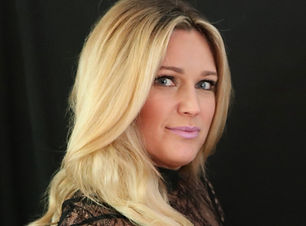 manchester nh hair salon luxury salon hair stylist haircut balayage hair color shampoo blowout
