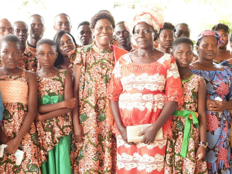 VILLAGE SOS D'ABOISSO:SIMONE GBAGBO PRESENTE A LA CEREMONIE DE DEPART A LA RETRAITE DE MADAME BAYOKO