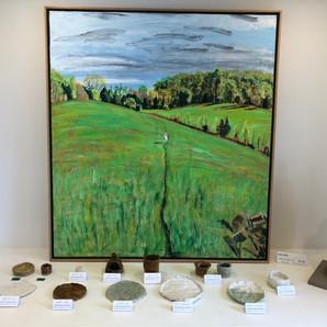 陶芸作品を展示しています。