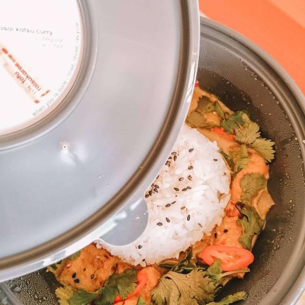 Close up of the tofu Raisukaree dish from Wagamama