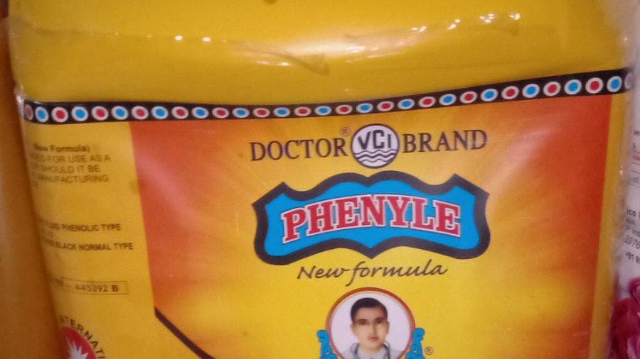 Doctor Brand Phenyl 5L