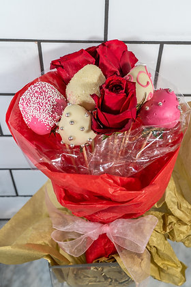 Strawberry & Rose Bouquet Med