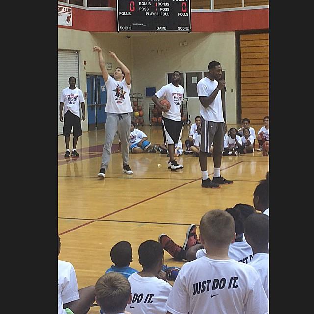 E'Twaun Moore Basketball Camp Day