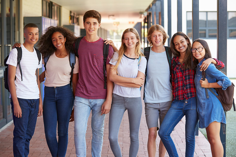 Mixed_Teenagers_Group.jpg