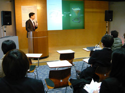 大阪産業創造館 2012