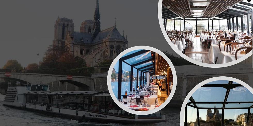 Dîner-croisière sur la Seine/GALA DINNER  Nighttime cruises on the Seine