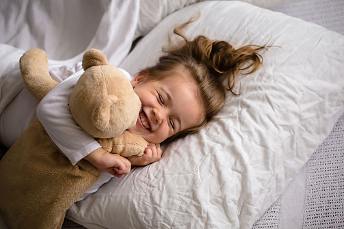 little-girl-bed-with-soft-toy-emotions-c