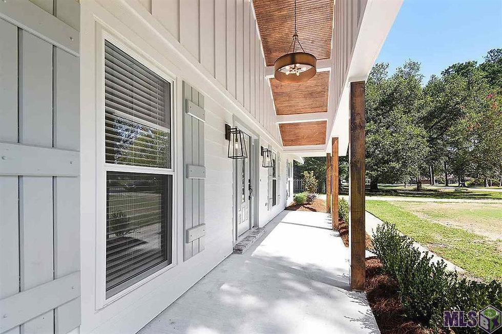 pinecrest porch.jpg