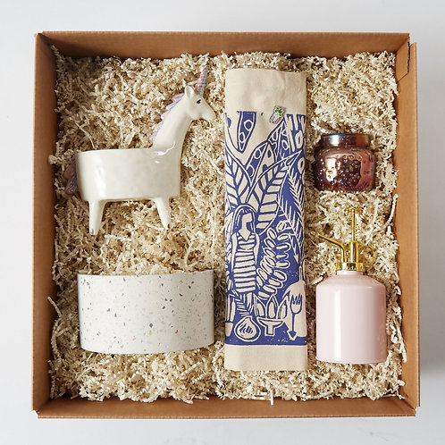 Trend Setter Curated Gift Box