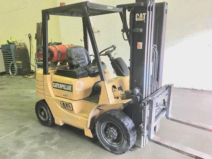 Caterpillar Gas Forklift Truck 2000 kg
