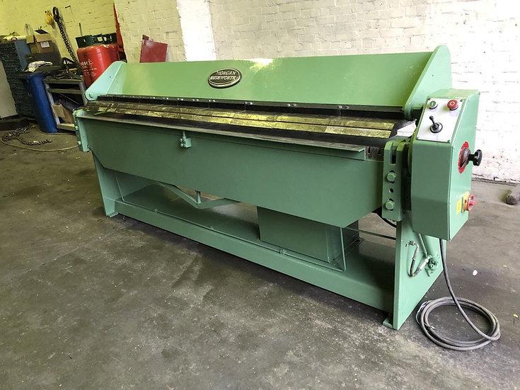 Morgan Rushworth Hydraulic Powered Box & Pan Folder