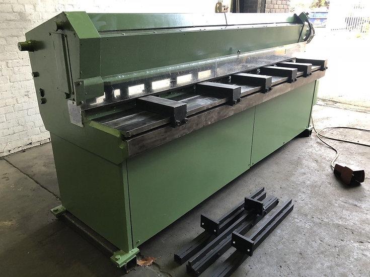 Crefco Mechanical Sheet Metal Guillotine