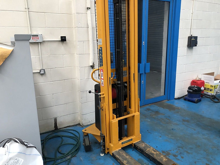Warrior Semi Electric Stacker With Wrapover Forks
