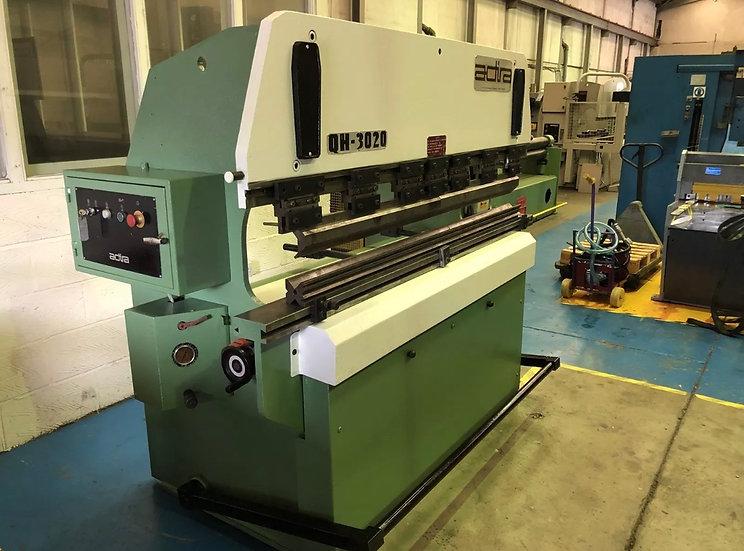Adira (Portugal) Hydraulic Pressbrake 2m x 30 Tons