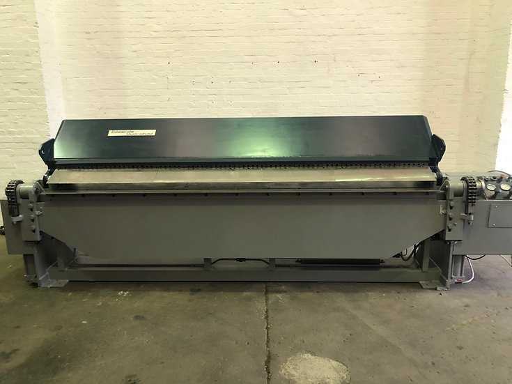 Edwards Powered Hydraulic 3m Box & Pan Folder