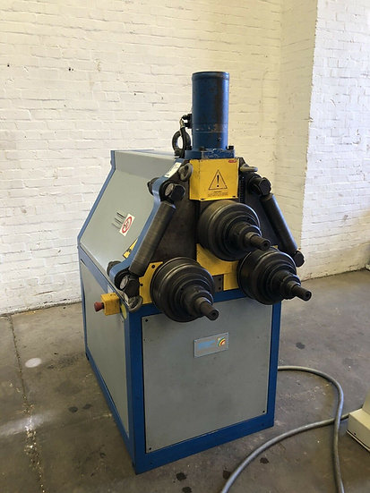 Tauring SAF CS70 Hydraulic Section Bending Rolls