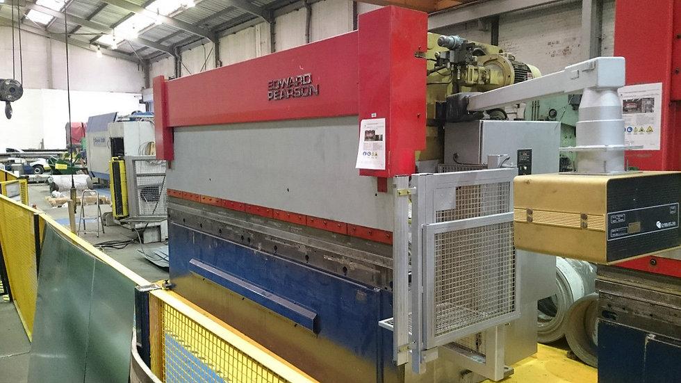 Edwards Pearson TR4  CNC Hydraulic Pressbrake
