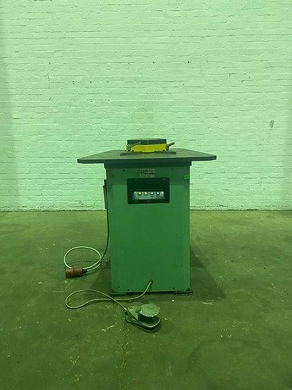 HMW 8S Hydraulic Corner Notcher