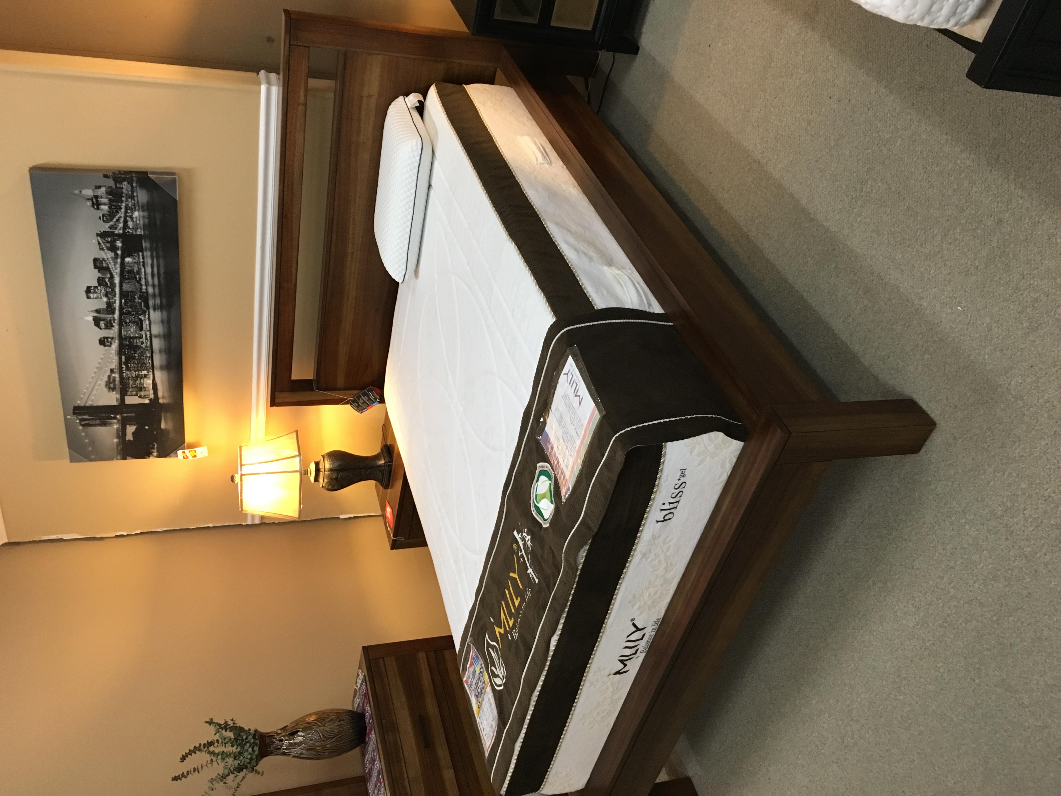 CST Rustic Bed 203651Q $470